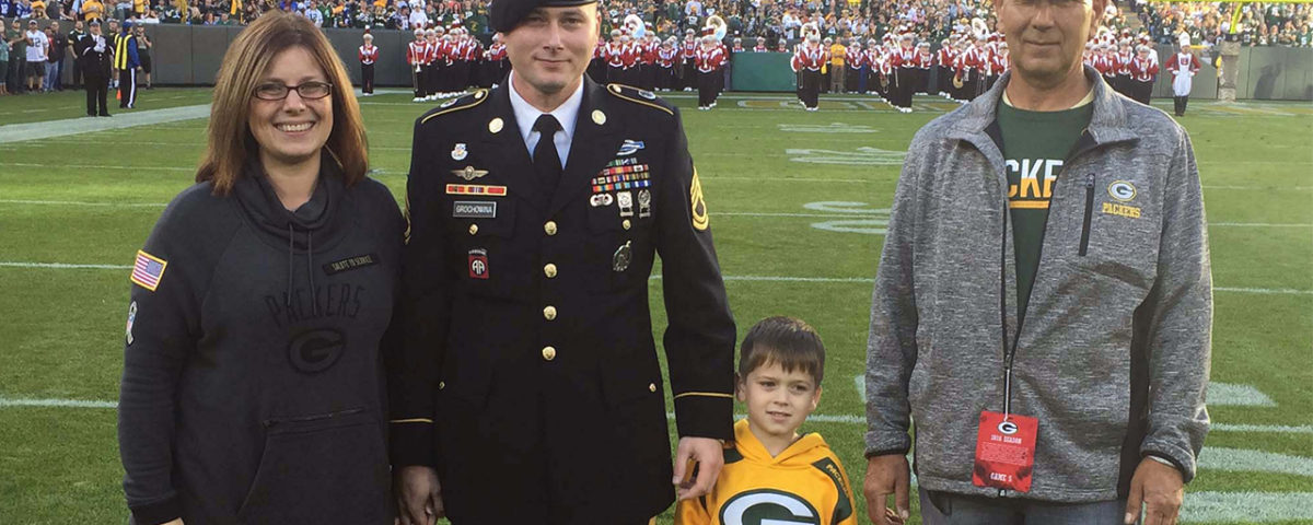 Walter along with his wife Lindsey, son, Ryder and father-in-law, Brian Kartz.