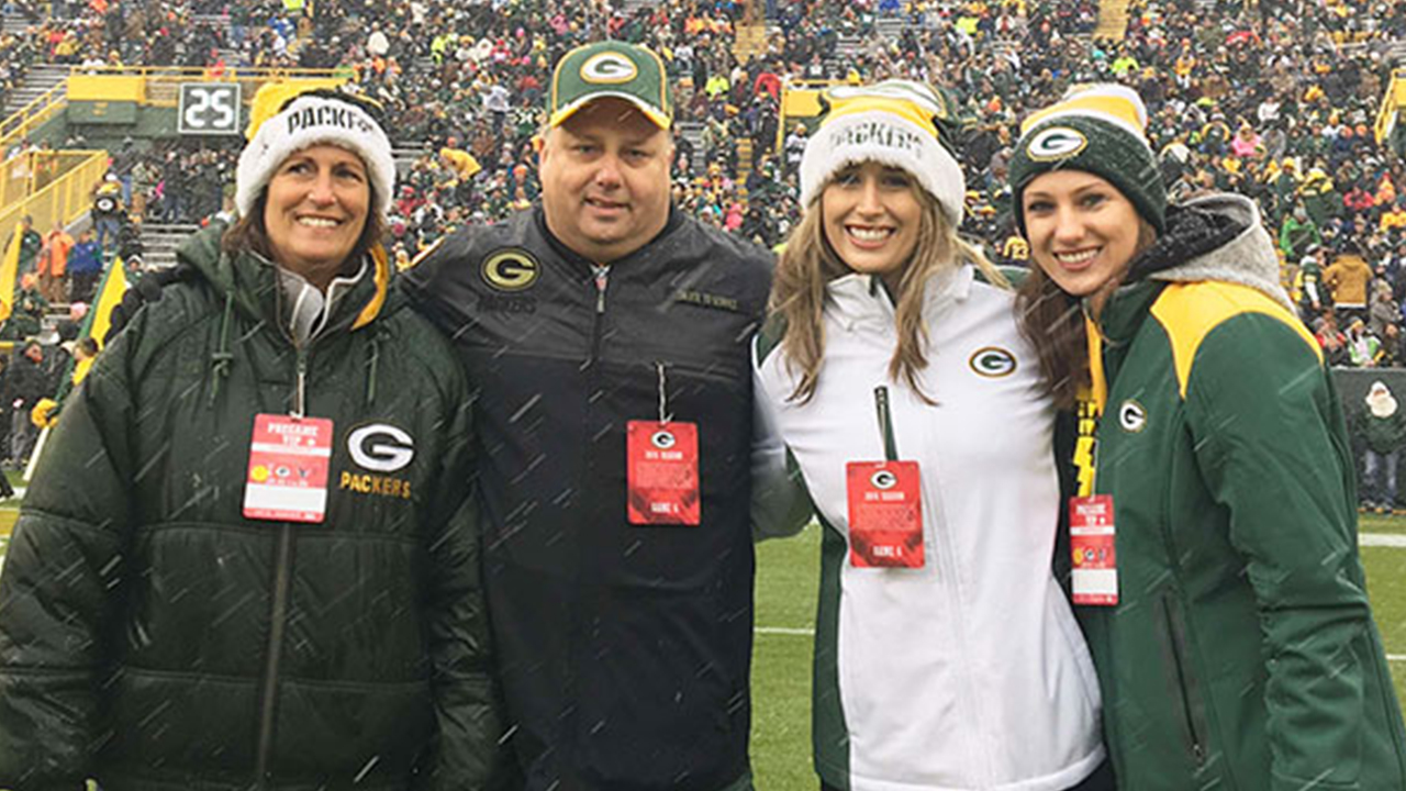 Dan Goldthorpe was accompanied by his wife Kaye, his daughter, Lindsay, and his niece, Megan.