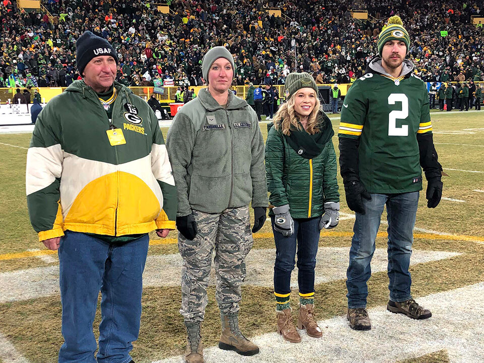 The Cardarelle family, left to right: Randal, Samantha, Alyssa, and Vince. (Photo by Michelle Ratchman/Green Bay Packers)